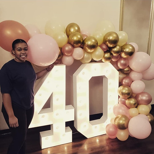 """#40 Marquee Set (50"""" Tall)"""