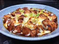 Korean-Fire-Chicken-with-Molten-Melted-C