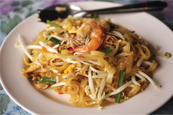 Thai-Tamarind-Prawn-Noodles-thestreetfoo