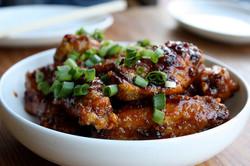 Filipino Adobo Glazed Chicken Wings - th