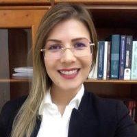 Dra. Juliane Lima