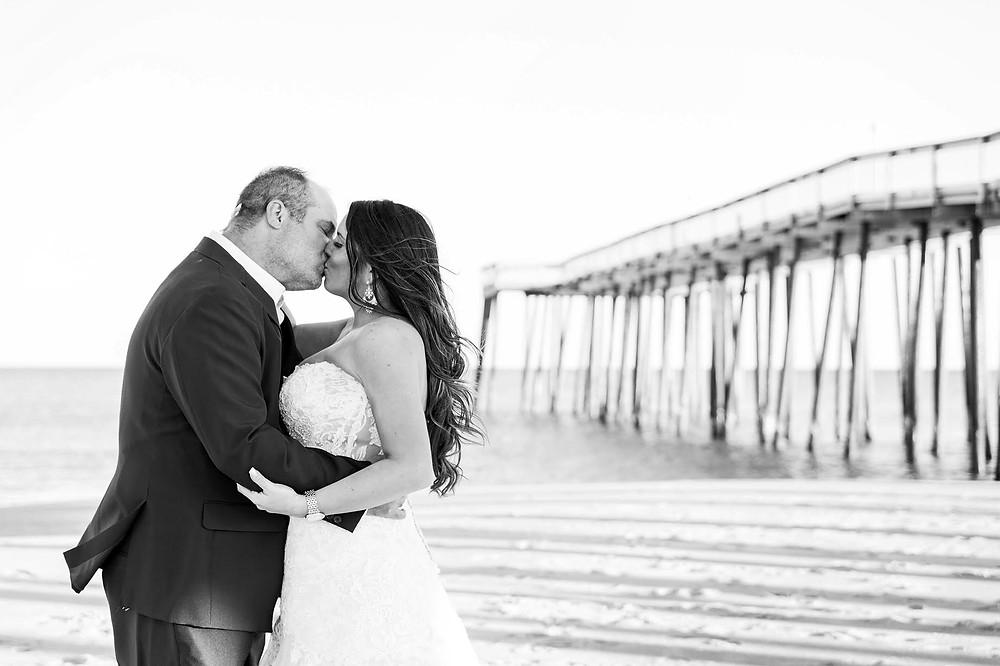 kissing pier