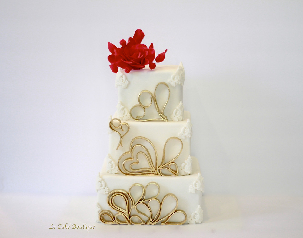 gold hearts accent cake