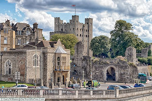 Rochester-Castle-from-the-river-Rocheste
