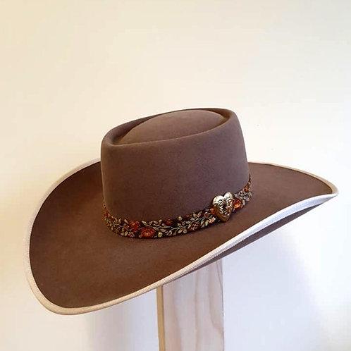 10 X Fur Felt - Heart Cowgirl