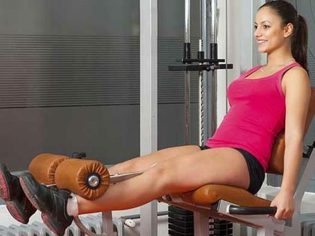 A  prática exagerada de musculação é um dos fatores para o aparecimento de varizes