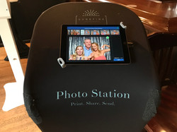 Photo booth sharing station