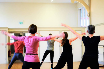 Beatrice teaching Contemporary - St Peter's Hall