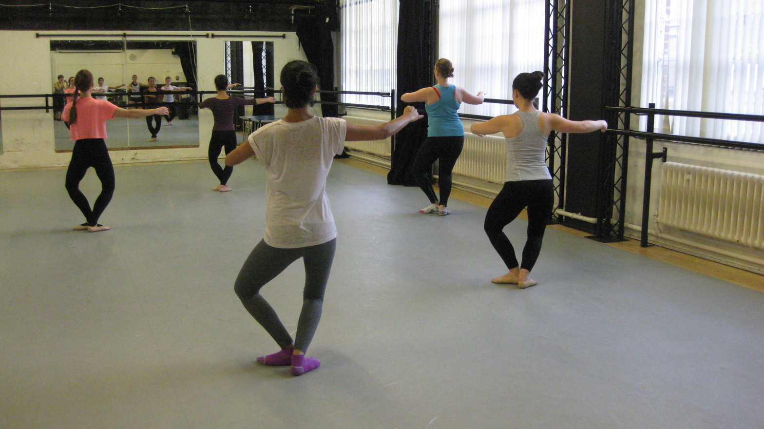 Ballet Beginner Course - Arts Ed