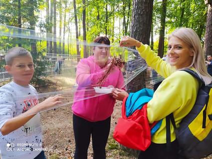 Opowieści Bielika i leczenie w lesie