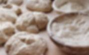 Faconnage du pains bio dans notre fournil