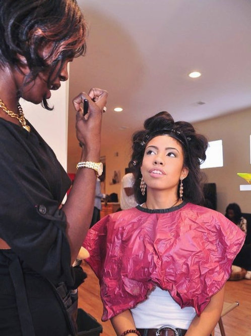 1 ON 1 MAKEUP LESSONS