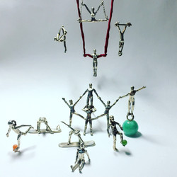Acrobats Collection