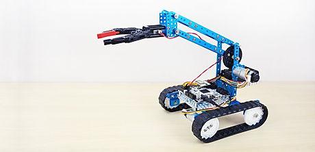 19-makeblock-robot-1_png_project-body.jpg