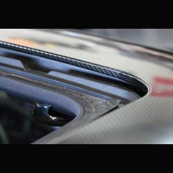 Gloss Carbon Fiber Roof Wrap