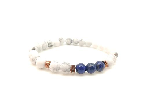 Bracelet pierre, howlite, hématites et lapis lazuli.