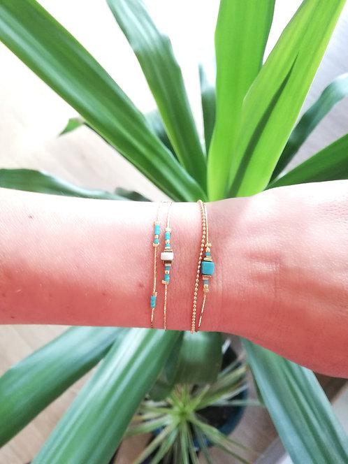 Bracelet double chaîne et pierres semi-précieuses