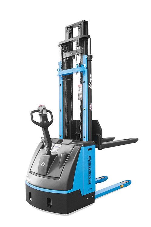 Empilhadeira Elétrica Tracionaria - Modelo PT1654 - Carga máxima: 1600kg
