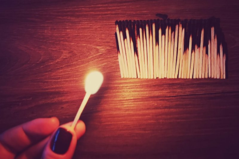 Matches burning \\ Yes, you are burned out: on accepting that you are not well