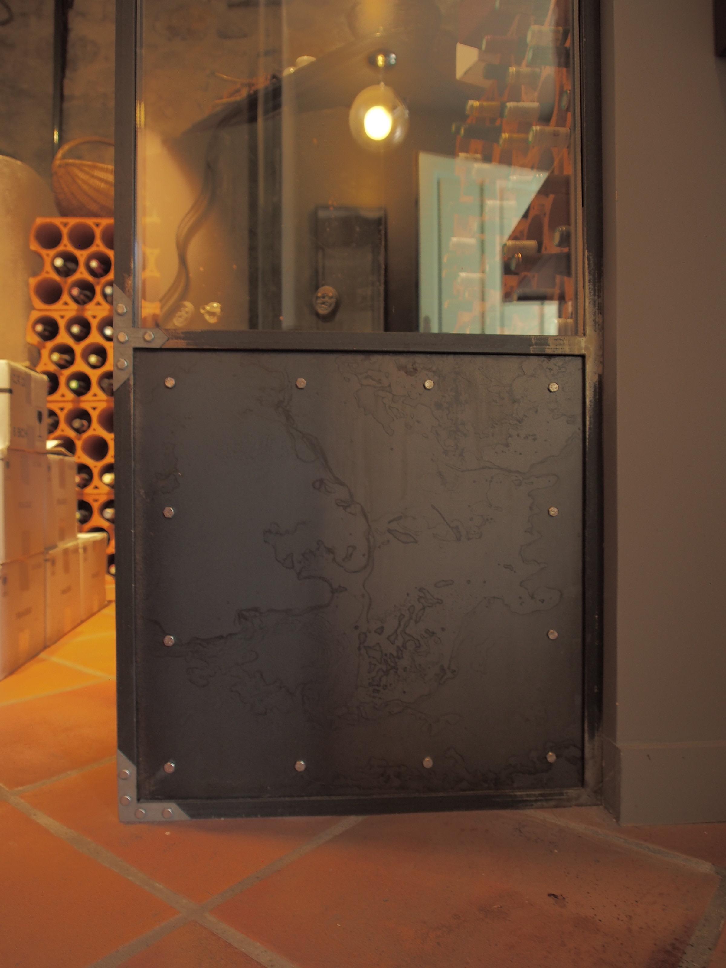 Cave à vin vitrée