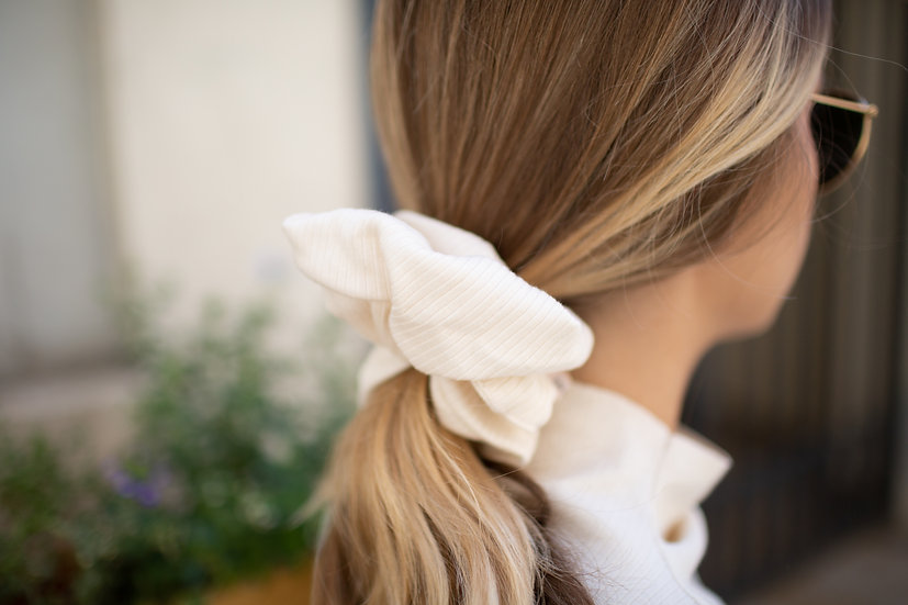 Organic Cotton Ribbed Scrunchie