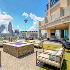 SkyHouse Uptown Apartments