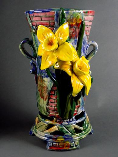 Daffodil Vase with Brickwork