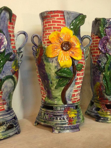 Vases ready to pack