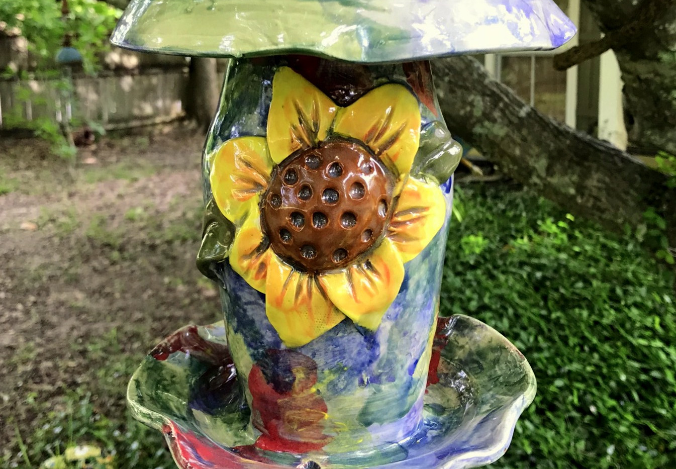 Pointed Sunflower Bird Feeder