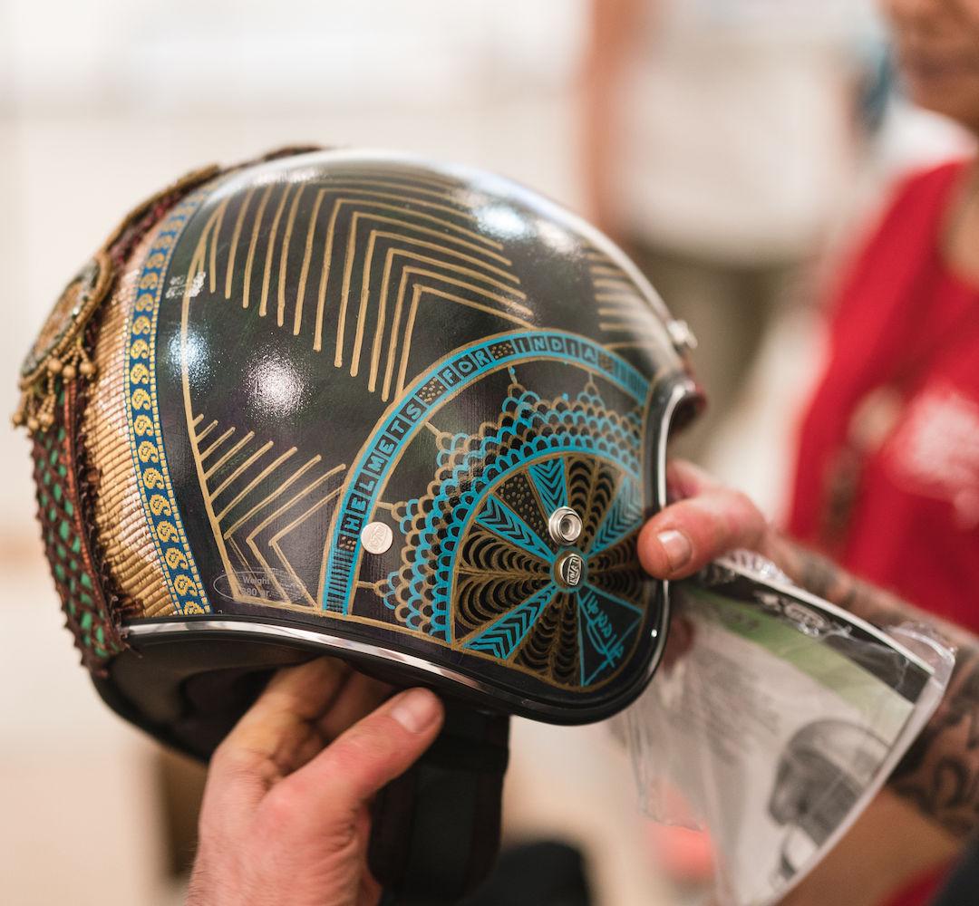 motoartshow_helmetsforindia_mallikapraka