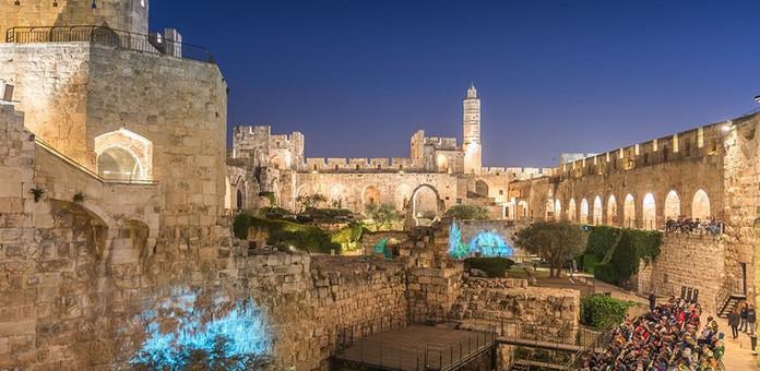 viaje-bem-israel-torre-davi-azul.jpg