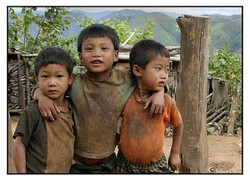 Palaung children