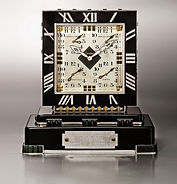 Five-dial clock owned by Franklin D_edit