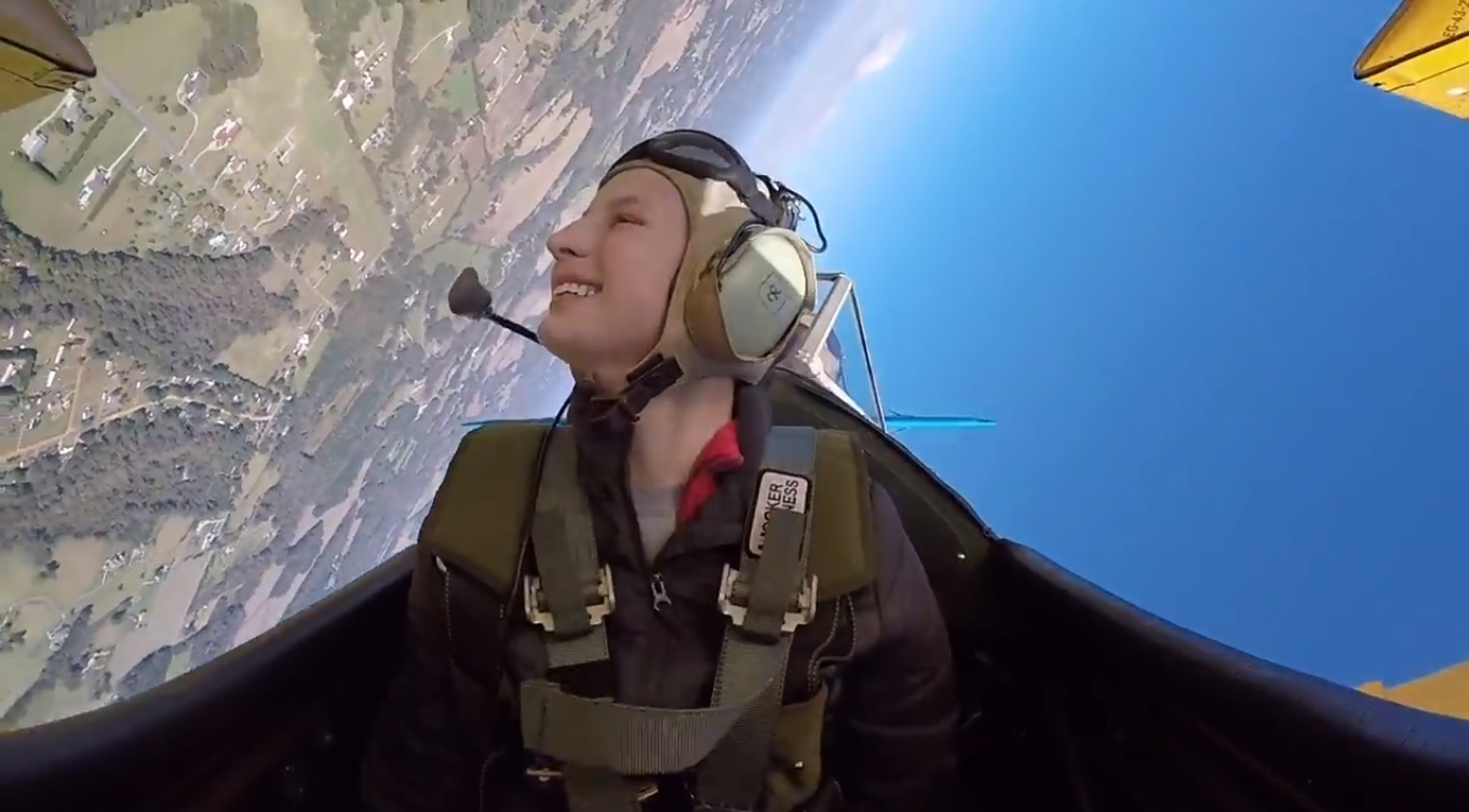 15 yr old Tia LOVED the aerobatics!