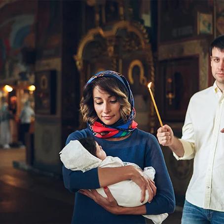 Когда лучше крестить ребенка?