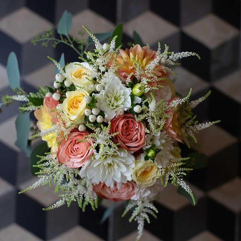 Dettagli di un matrimonio a colori 💛#we