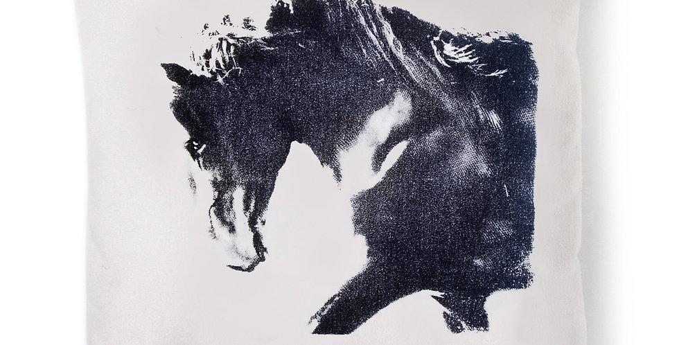 TYYNYNPÄÄLLINEN  SUOKKI - Musta ori - CUSHION COVER