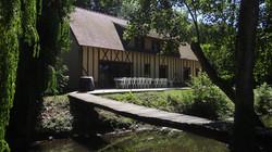 Vue rivière grande maison