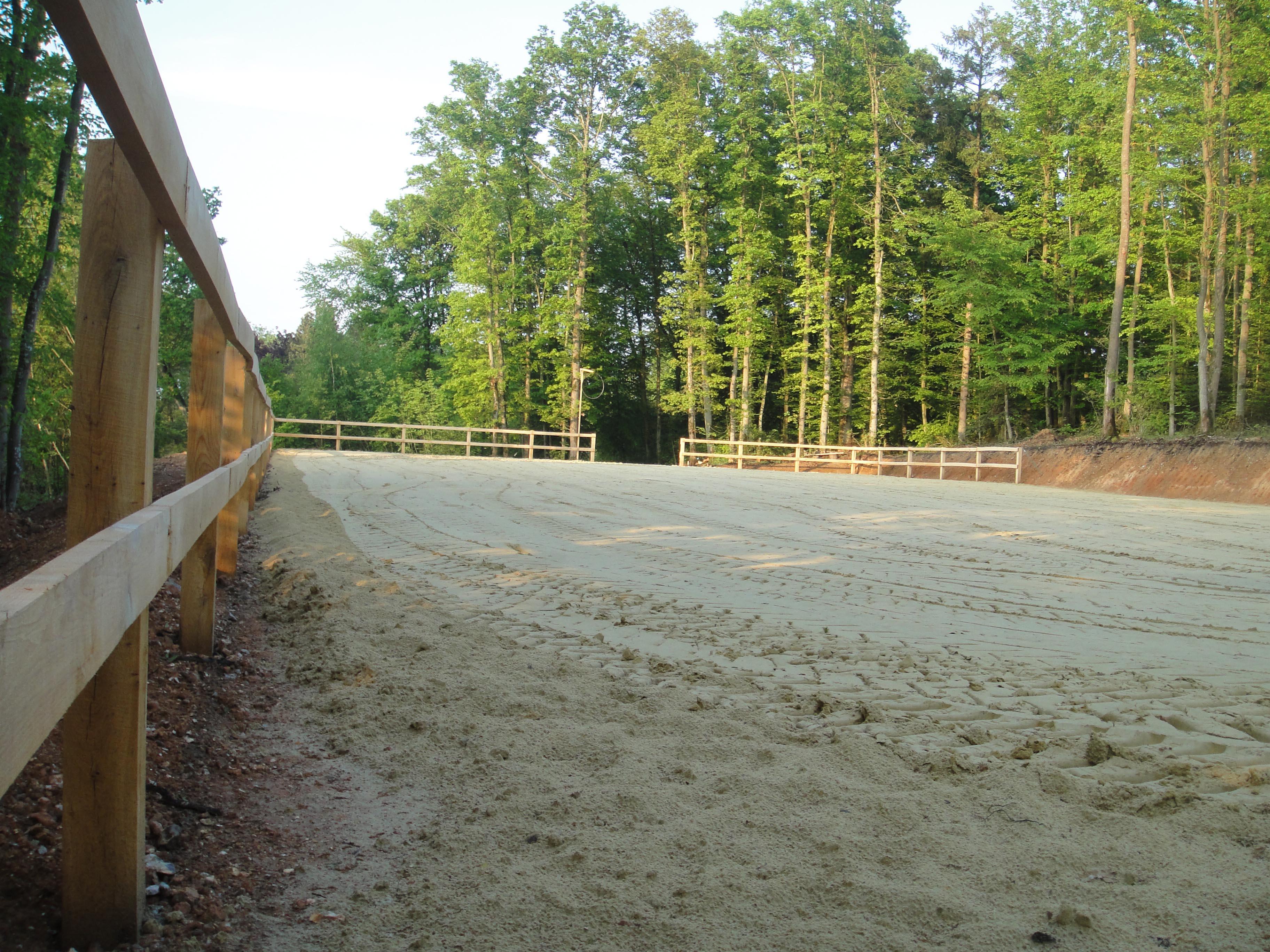 Carrière en sable dans les bois