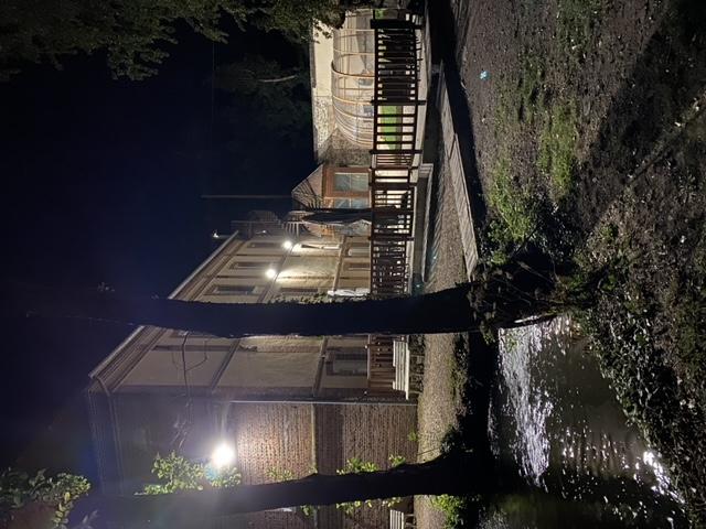 Bac a truite/terrasse moulin de nuit