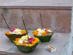 Morning puja at Ganga