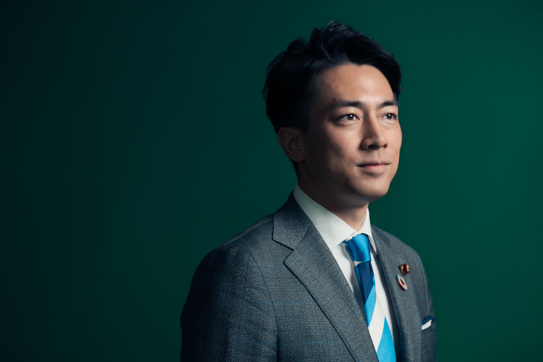 小泉進次郎 / 政治家(WWD JAPAN)