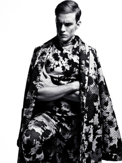 Essential Homme (NY)