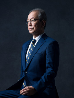 Yasuo Takeuchi / Olympus CEO(Forbes Asia COVER)