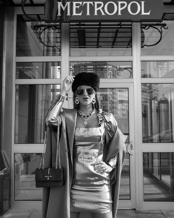 silver dress_21.jpg