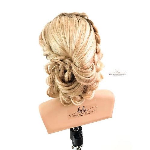 Waardenburg, 23 November 2020 Look & Learn Bridal & Braiding Updo's inc HANDS ON