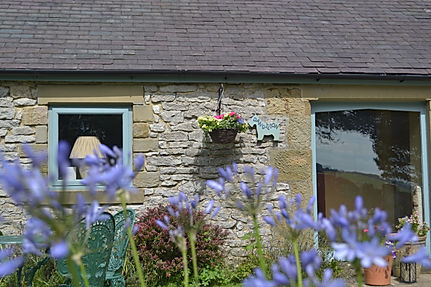Dandelion dog friendly self catering cottage