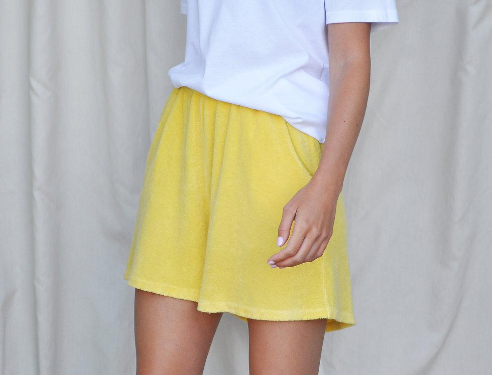 Clio Short