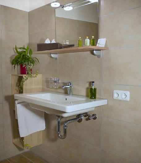 Badezimmer_2_für_A_und_B.jpg