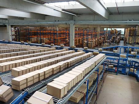 logistics-852935_1920.jpg
